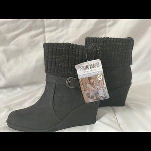 Muk Luks ( womens boots/shoes